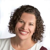 Headshot image of Michelle Clary.